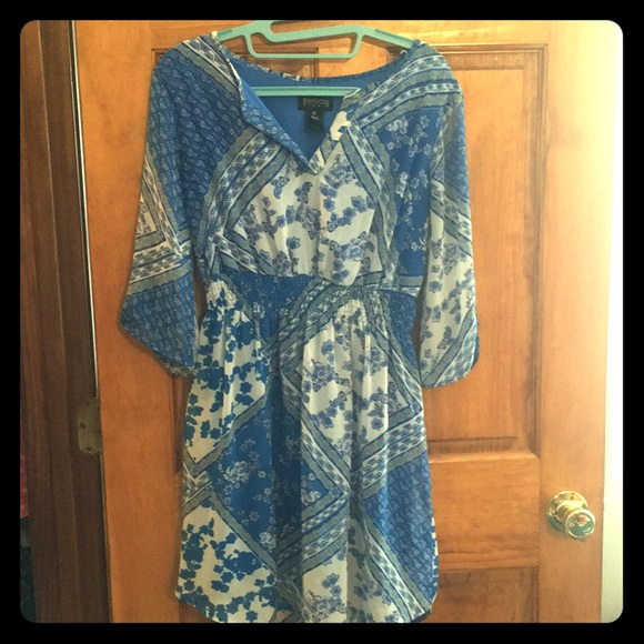 Enfocus Studio Dresses & Skirts - Blue floral mini dress